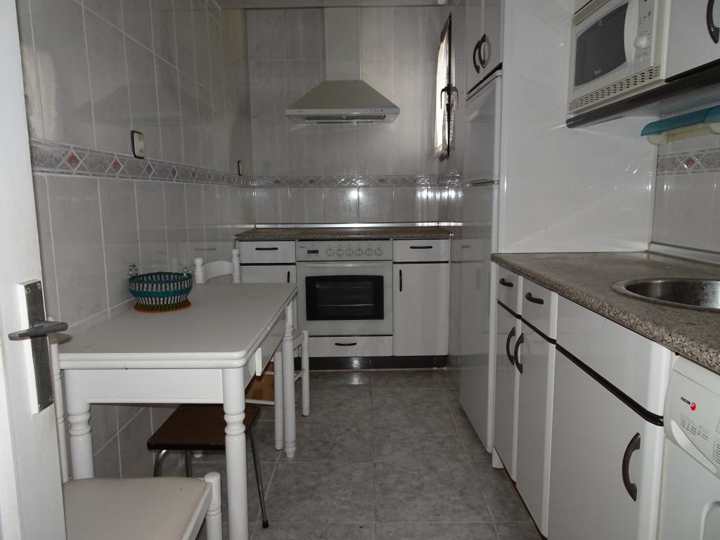 Alquiler larga duracion de piso en basauri for Pisos alquiler basauri